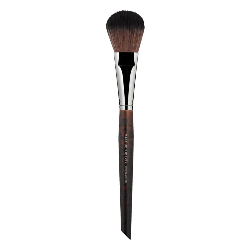 Кисть для румян #156 / Flat round blush brush Make Up For Ever